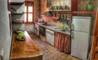 Vista de la cocina de El Torreon de Joaquin en Asin